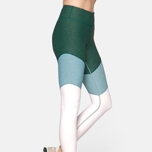 Outdoor Voices Springs Leggings size M